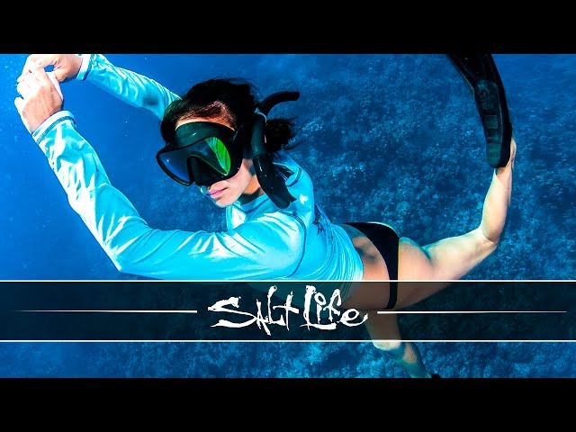 Beautiful Underwater Photoshoot with the Salt Life Girls