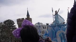 東京迪士尼 冰雪奇緣遊行花車