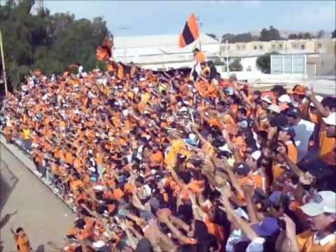 """""""la hinchada loca de los zorreros.wmv"""" Barra: Huracan Naranja • Club: Cobreloa"""