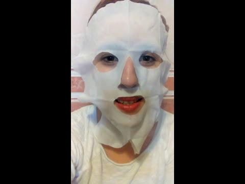 Leliminazione di pigmentary nota su una faccia