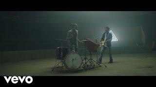 Para Olvidarte - Mau y Ricky (Video)