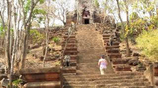 preview picture of video 'Phnom Banon Temple in Battambang, Cambodia'