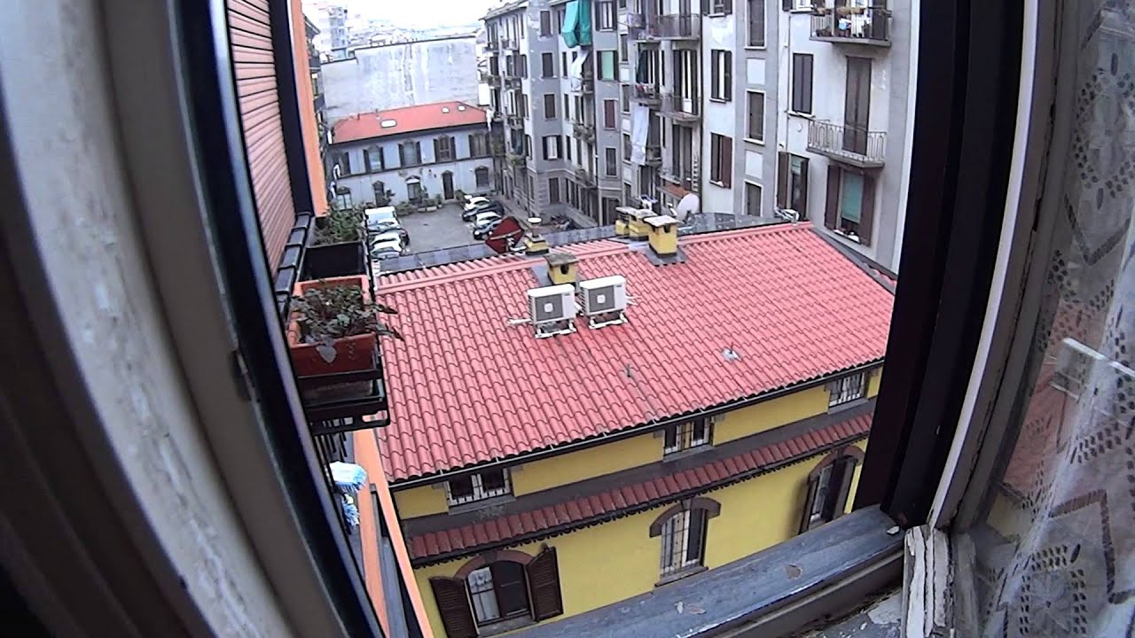 Twin Beds in Spacious couple friendly rooms, close to Milano Centrale - all bills included