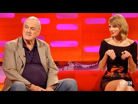 Taylor Swift a John Cleese u Grahama Nortona