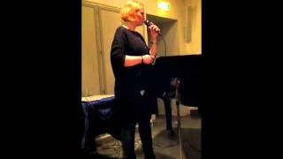Louise Bøttern - You must believe in spring