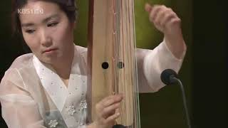 Gonghu(공후): Harp used in ancient times in Korea