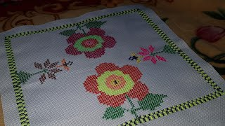 HAND EMBROIDERY : CROSS STITCH BORDER ON AIDA