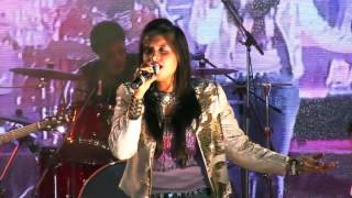 Aishwarya Majmudar live