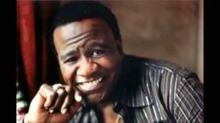 "Reverend Al Green performs ""You Are So Beautiful"""