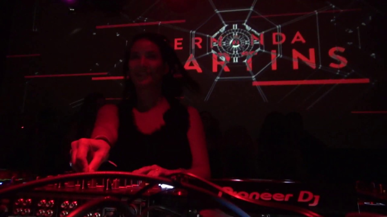 Fernanda Martins - Live @ Devotion Records Showcase, Barcelona 2019