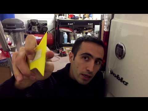 Come rimuovere gli adesivi dalla carrozzeria senza far danni