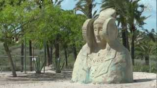preview picture of video 'Elche: La Dama y las palmeras, una ciudad muy diferente'