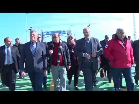 التشغيل التجريبي لكوبري النصر بحضور الفريق مهاب مميش واللواء محمد عرفان رئيس الرقابة الإدارية