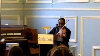 Eκπληκτικό σόλο βιολί από τον John Blake, Jr (από MXΣ, 14/03/11)