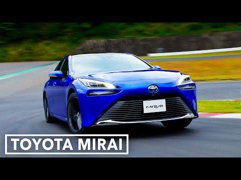 Vodíková Toyota Mirai slibuje dojezd 650 km