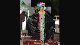 preview picture of video 'Défilé Ziz'Fashion 2011 de Nouakchott'