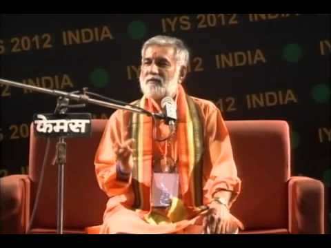 Workshop on Bhakti Yoga Meditation by Pt Vijayshankar Mehta in IYS-2012