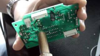 Портативная термовоздушная паяльная станция SAIKE 8858 от компании Parts4Tablet - видео