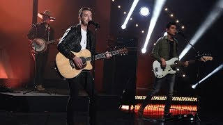 Gambar cover Country Stars LANCO Perform 'Greatest Love Story'