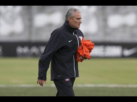 Tite comenta sobre oportunidade de Romero