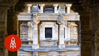 A Stepwell Fit For a King, Built By a Queen