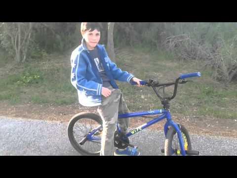 Carmine vs lorenzo in bici bmx ( senza mani)