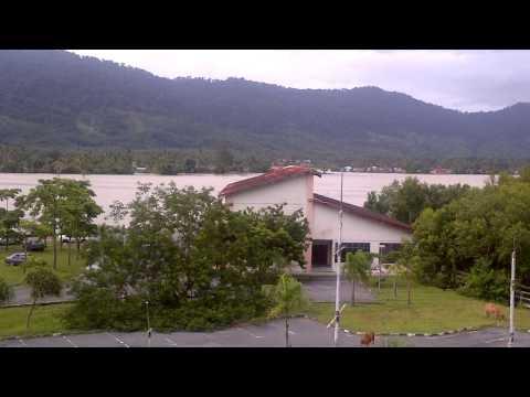 Berita Tergempar dan Terkini - Pulau Langkawi di landa Banjir part 1