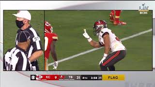 Antoine Winfield Jr. mocks Tyreek Hill with his own peace sign celebration