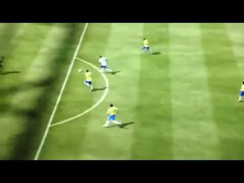 Bị thủ môn đối phương thông ass, vẫn ghi bàn
