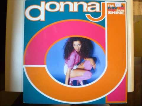 Donna J. - I'm Walkin' In The Sunshine