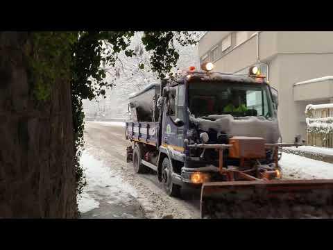 Neve a Varese: uomini e mezzi in azione