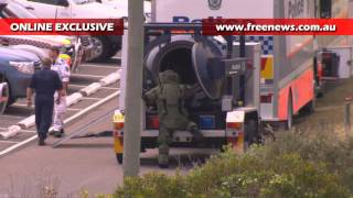 Bomb Disposal Police detonate pipe bomb found at Tom Ugly's Bridge