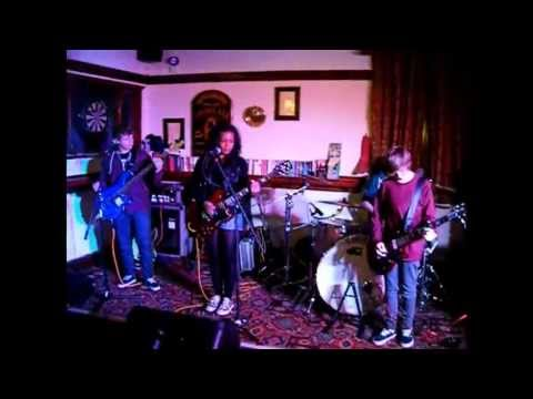 Sugar We're Going Down - Momentum Cover (Borough Arms 4/5/13)