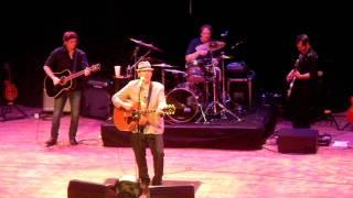 John Hiatt - Drive South - The Ryman 09-10-2011