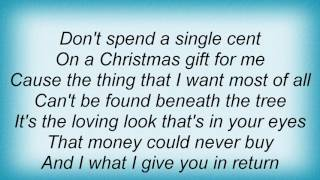 Aaron Tippin - A December To Remember Lyrics