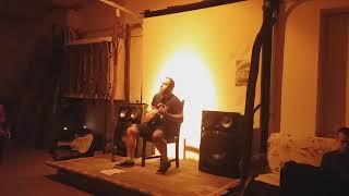 Video Ukulele Jack - Dvě hlavy