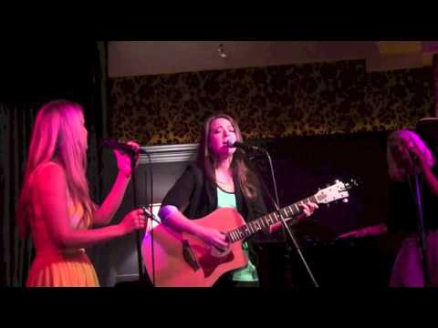 Heatwave- Ashley Robertson Live at the Regal Room
