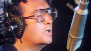<b>Randy Newman</b>  Short People Official Video