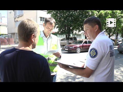"""У Франківську влаштували """" облаву""""  на таксистів (відео)"""