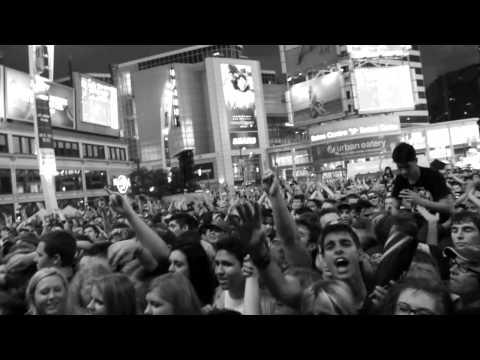 Love Was Still Around (Live)