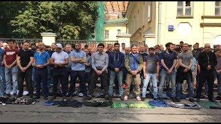 Сотни мусульман вышли на несогласованную акцию в Москве
