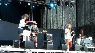 Popaganda 2011 Those Dancing Days - Can´t find entrance