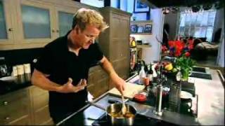 How to make bolognaise sauce - Gordon Ramsay