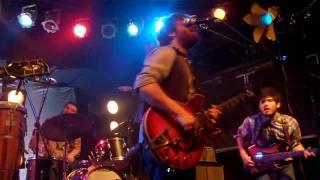 Dan Auerbach- Street Walking (Live)