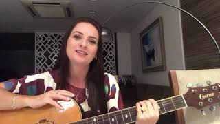 """Lauriete Ensina A Nova Versão Da Música """"Filha"""" Para As Mães Cantarem."""