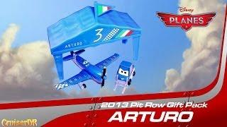 Disney Planes Arturo Pit Row Gift Pack 2013 Diecast 1/55 Scale Mattel