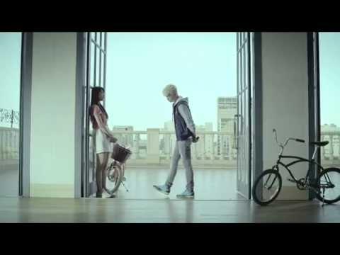 "Фото J.Y. Park(박진영), Taecyeon(택연), Wooyoung(우영), Suzy(수지) ""Classic"" M/V"