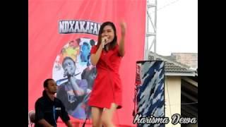 Laddy Wijaya ~ Sayang Dua Meriahkan Acara Telkomsel