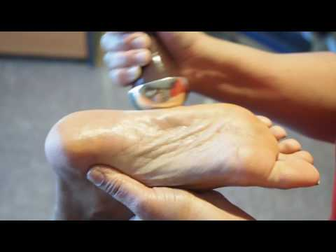 Ayurveda Kansa Foot Massage