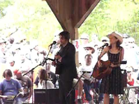 Gillian Welch - Everything Is Free - Merlefest 2006